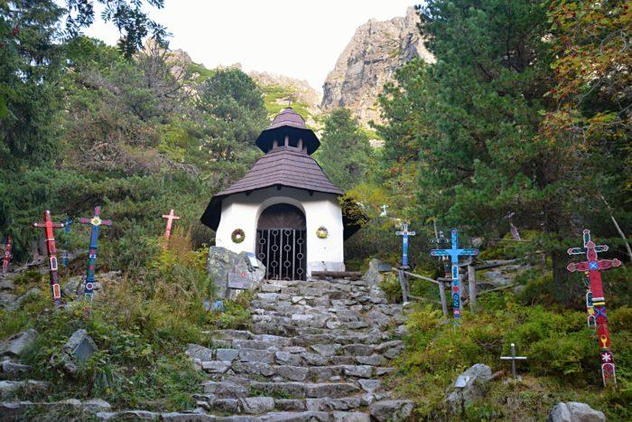 Symbolický cintorín na památku těch, co nechali svůj život ve Vysokých Tatrách