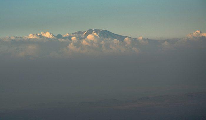 Kilimandžáro 5 895 m.n.m. - foceno za letu